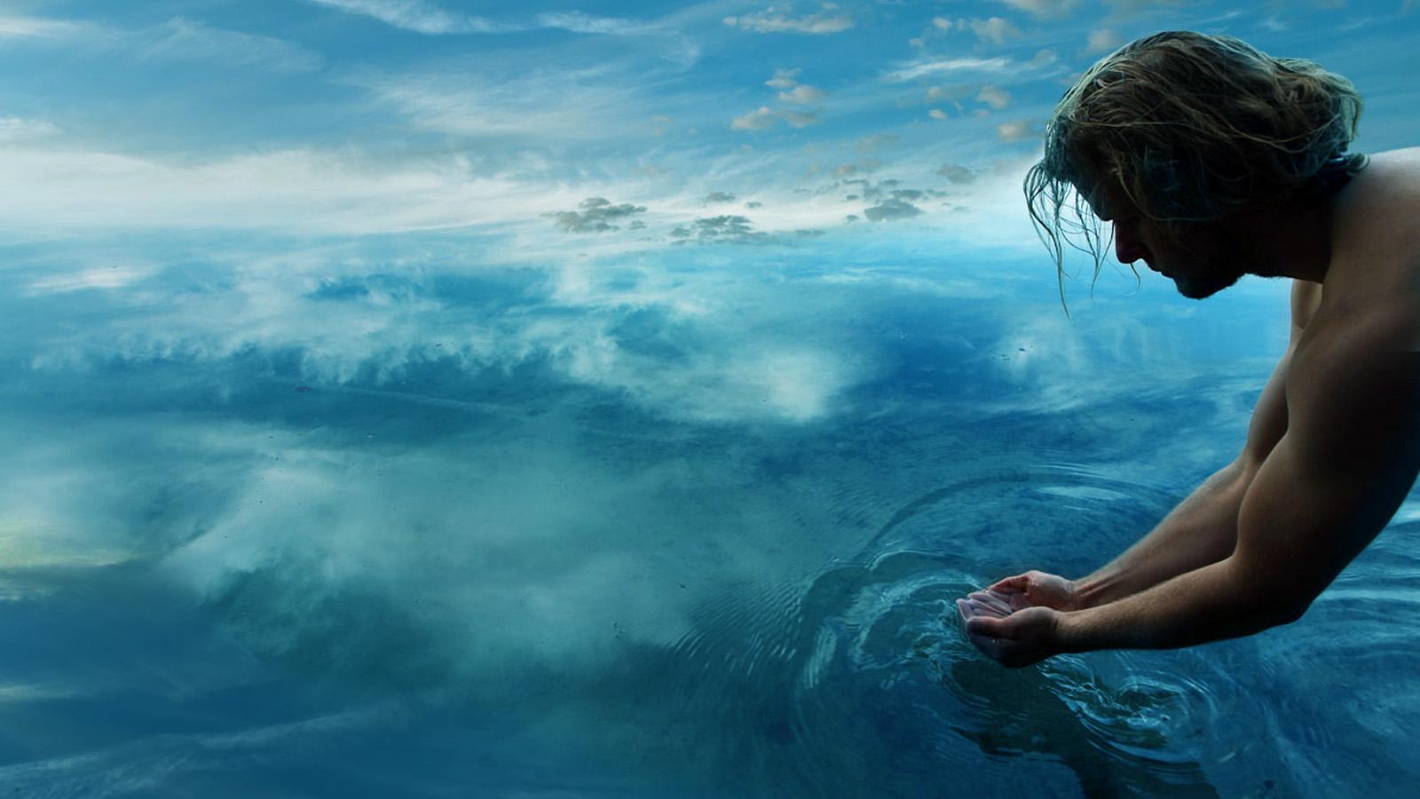 Usuń słowo, a czymże jest woda, czyż nie wodą tylko? Przystąpiło słowo do żywiołu [wody], a stał się sakrament i on sam jest jakby widzialnym słowem